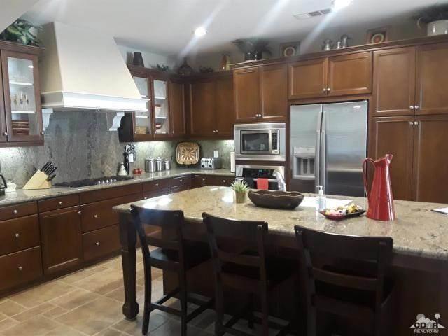 681 Calle Vibrante, Palm Desert, CA 92211 (#219039393DA) :: Sperry Residential Group