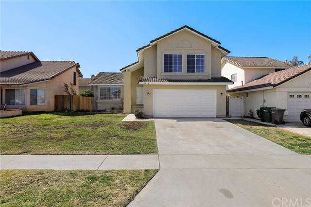 1834 Majestic Drive, Corona, CA 92880 (#IV20038121) :: The DeBonis Team