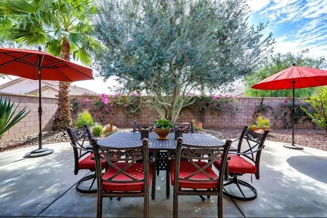 78255 Cloveridge Way, Palm Desert, CA 92211 (#219039402DA) :: Berkshire Hathaway HomeServices California Properties