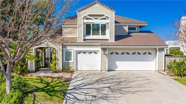 28671 Walnut Grove, Mission Viejo, CA 92692 (#OC20036169) :: Berkshire Hathaway Home Services California Properties
