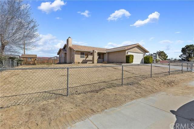 16936 Cherry Hill Drive, Victorville, CA 92395 (#EV20036712) :: Realty ONE Group Empire