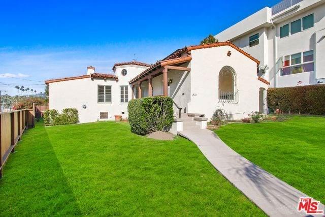2821 Avenel Street, Los Angeles (City), CA 90039 (#20556712) :: The Najar Group