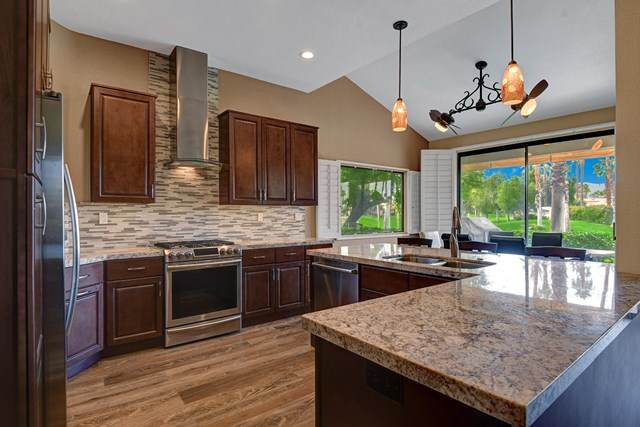 38957 Wisteria Drive, Palm Desert, CA 92211 (#219039422PS) :: Sperry Residential Group