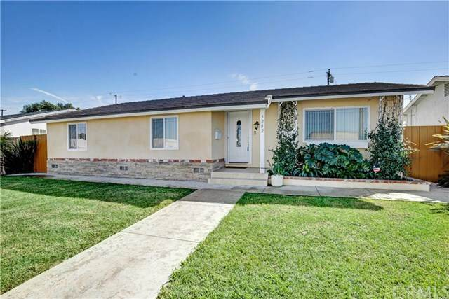5282 Edinger Avenue, Huntington Beach, CA 92649 (#IV20038805) :: Twiss Realty