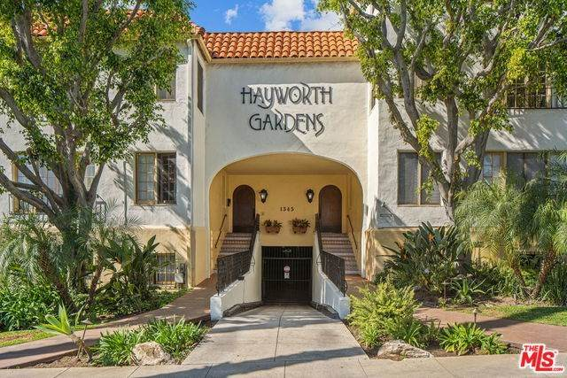 1345 N Hayworth Avenue #4, West Hollywood, CA 90046 (#20555616) :: The Marelly Group | Compass
