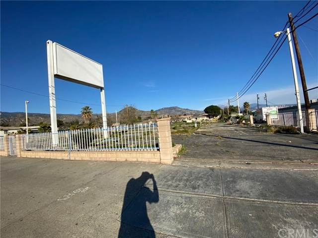 2345 Del Rosa Avenue, San Bernardino, CA 92404 (#OC20038403) :: The Marelly Group | Compass