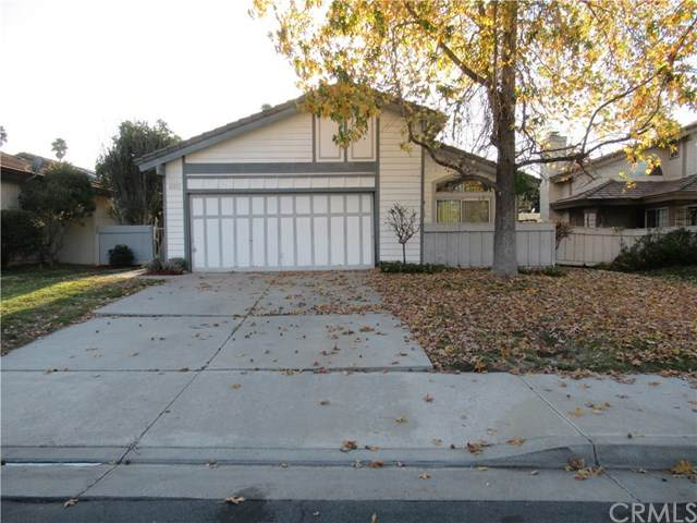 41437 Calle Tajo, Temecula, CA 92592 (#SW20039431) :: McKee Real Estate Group Powered By Realty Masters & Associates