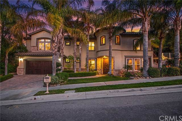 945 Nicholas Place, Corona, CA 92882 (#PW20039344) :: The Costantino Group | Cal American Homes and Realty