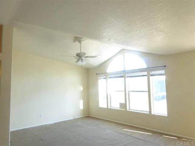 2400 W Valley Pkwy #74, Escondido, CA 92029 (#200009065) :: The Brad Korb Real Estate Group