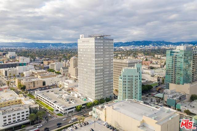 3810 Wilshire Boulevard Ph-06, Los Angeles (City), CA 90010 (#20557150) :: Berkshire Hathaway HomeServices California Properties