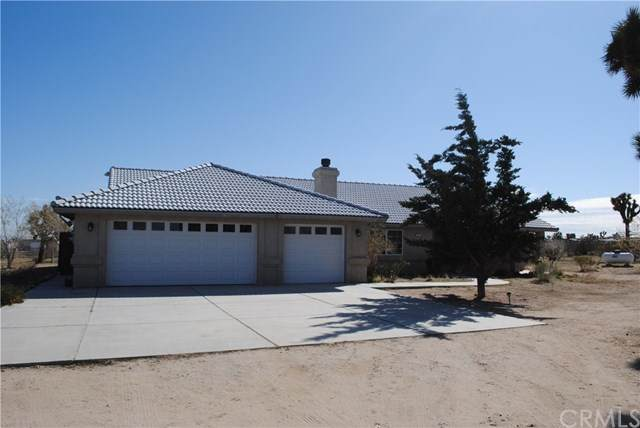 13227 Smith Road, Phelan, CA 92371 (#CV20040044) :: Provident Real Estate