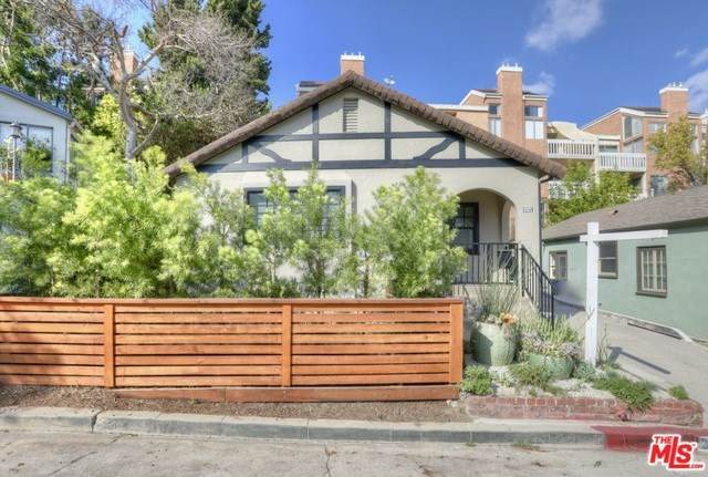 3321 Wood Terrace, Los Angeles (City), CA 90027 (#20557524) :: RE/MAX Empire Properties