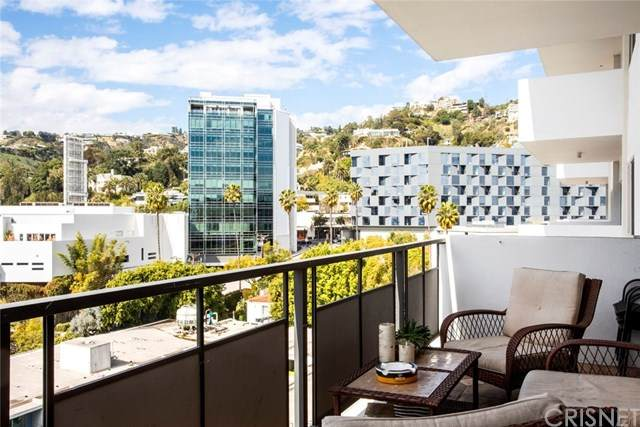 1155 N La Cienega Boulevard #1104, Los Angeles (City), CA 90069 (#SR20039850) :: RE/MAX Empire Properties