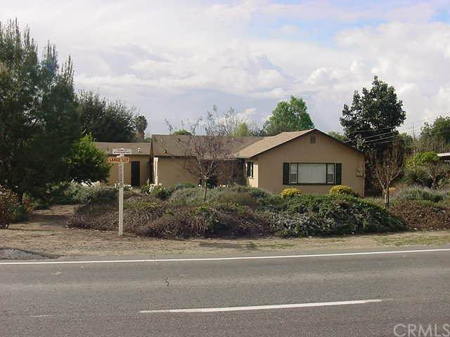 3675 Riverside Drive, Chino, CA 91710 (#IV20040877) :: Crudo & Associates