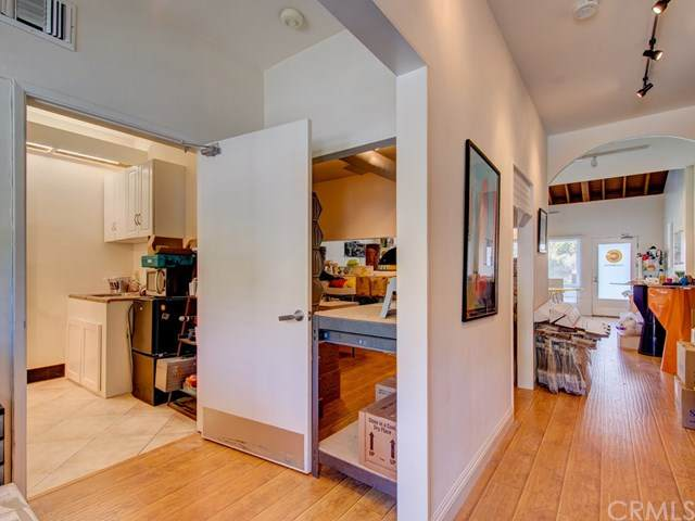 3337 Laguna Canyon Road B, Laguna Beach, CA 92651 (#OC20041643) :: Tyler Brown & Associates
