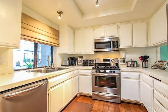 2504 E Willow Street #103, Signal Hill, CA 90755 (#OC20041640) :: Tyler Brown & Associates
