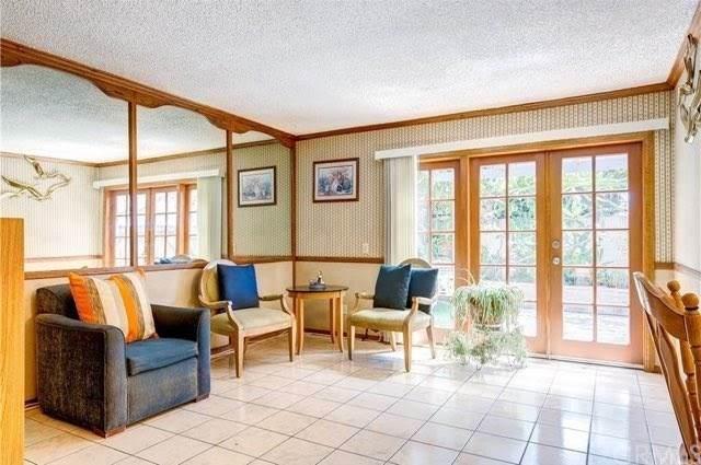 11343 Parkgreen Lane #111, Garden Grove, CA 92843 (#OC20041856) :: RE/MAX Empire Properties