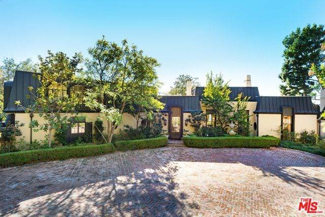 1010 N Hillcrest Road, Beverly Hills, CA 90210 (#20558108) :: Veléz & Associates