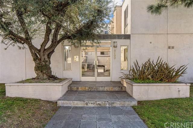 4900 Whitsett Avenue #2, Valley Village, CA 91607 (#SR20032785) :: Allison James Estates and Homes