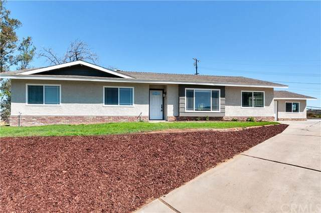 1793 Valley View Avenue, Norco, CA 92860 (#IV20042815) :: Team Tami