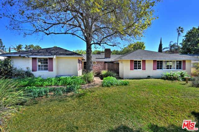6830 Orion Avenue, Van Nuys, CA 91406 (#20558604) :: Veléz & Associates