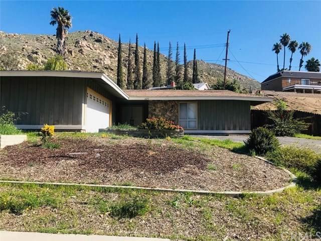 2271 Kentwood Drive, Riverside, CA 92507 (#IV20043125) :: Mainstreet Realtors®