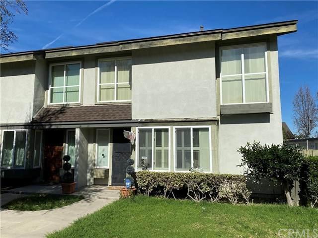 9642 Karmont Avenue, South Gate, CA 90280 (#DW20043370) :: Team Tami
