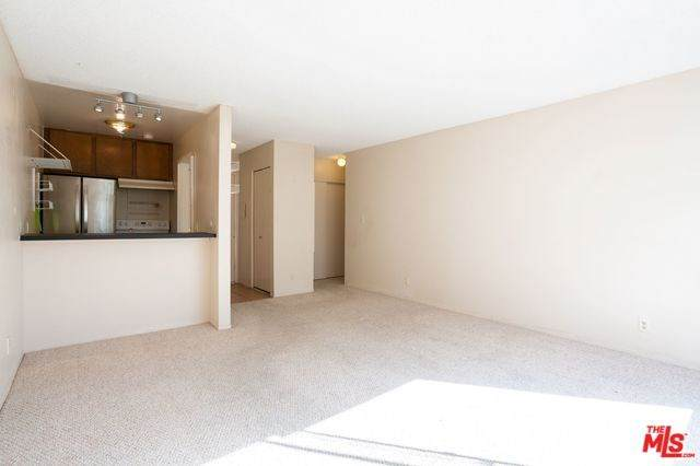 525 S Ardmore Avenue #334, Los Angeles (City), CA 90020 (#20558790) :: RE/MAX Empire Properties