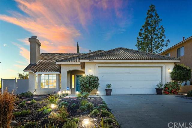 24577 Via Las Laderas, Murrieta, CA 92562 (#SW20043474) :: Team Tami