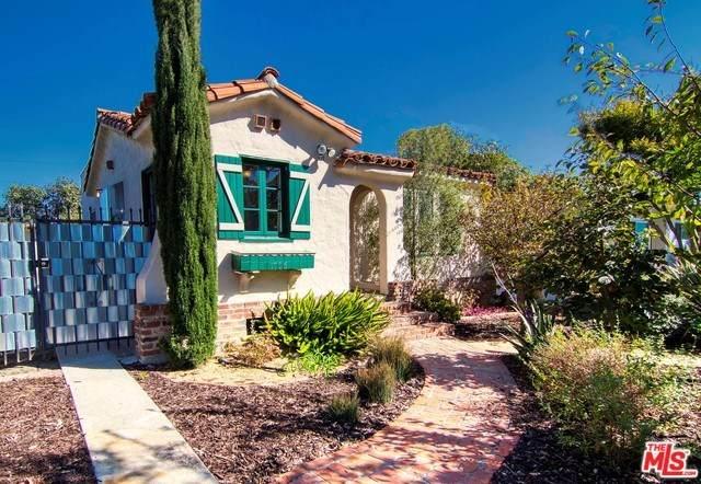 1706 S Carmelina Avenue, Los Angeles (City), CA 90025 (#20558564) :: Veléz & Associates