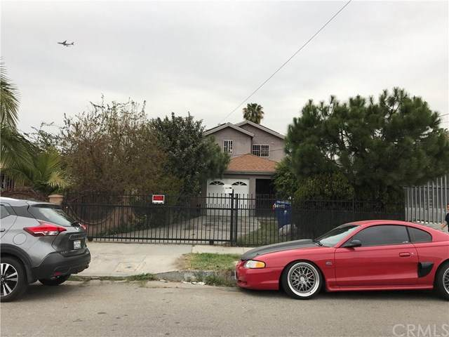 1425 E 110th Street, Los Angeles (City), CA 90059 (#WS20043460) :: Legacy 15 Real Estate Brokers