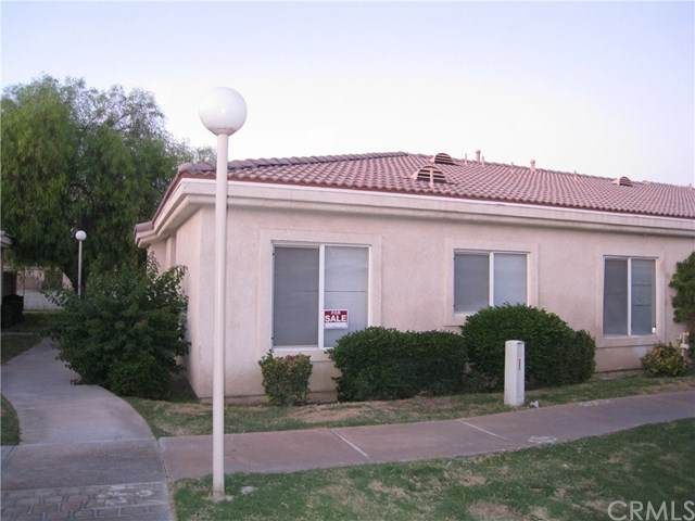 47395 Monroe Street #242, Indio, CA 92201 (#SW20043844) :: Case Realty Group