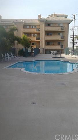 11410 Brookshire Avenue #228, Downey, CA 90241 (#DW20044320) :: RE/MAX Empire Properties