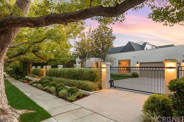 611 N Maple Drive, Beverly Hills, CA 90210 (#SR20025584) :: Veléz & Associates