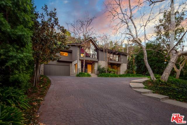 1000 Chantilly Road, Los Angeles (City), CA 90077 (#20559070) :: Veléz & Associates