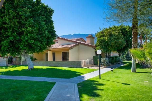 2693 Whitewater Club Drive, Palm Springs, CA 92262 (#219039834PS) :: Case Realty Group