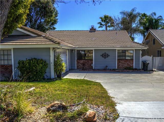 23637 Canyon Lake Drive N, Canyon Lake, CA 92587 (#SW20040532) :: Case Realty Group