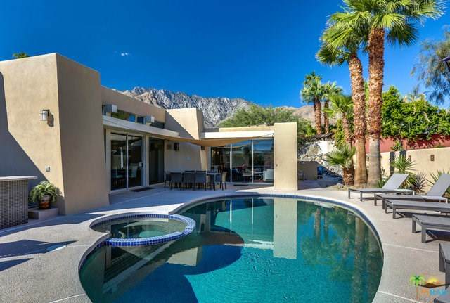 700 W Racquet Club Road, Palm Springs, CA 92262 (#20559246) :: RE/MAX Masters