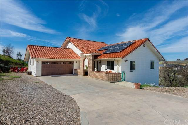 5885 Prancing Deer Place, Paso Robles, CA 93446 (#NS20043932) :: RE/MAX Parkside Real Estate