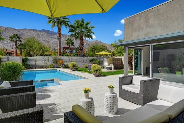471 Dion Drive, Palm Springs, CA 92262 (#219040007PS) :: Apple Financial Network, Inc.