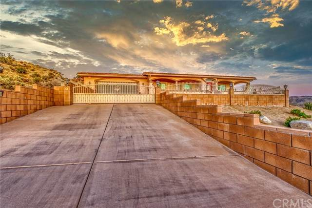 6207 Red Bluff Avenue, Yucca Valley, CA 92284 (#JT20051731) :: The Brad Korb Real Estate Group