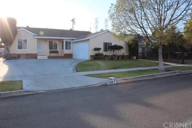 9507 Urbana Avenue, Arleta, CA 91331 (#SR20052018) :: Cal American Realty