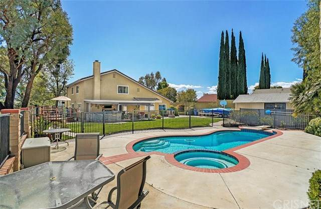 28368 Mount Stephen Avenue, Canyon Country, CA 91387 (#SR20053133) :: The Brad Korb Real Estate Group