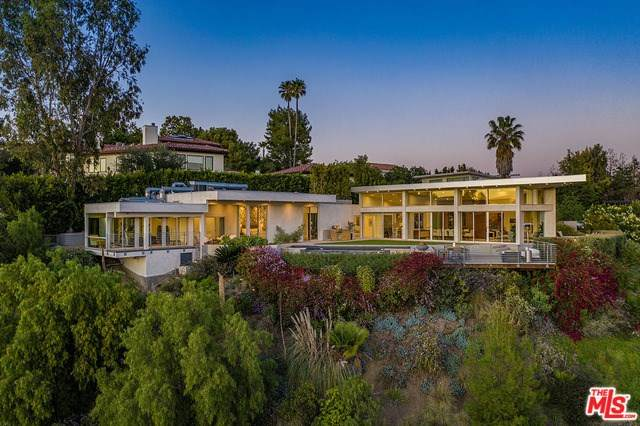 1547 Tower Grove Drive, Beverly Hills, CA 90210 (#20562348) :: Crudo & Associates