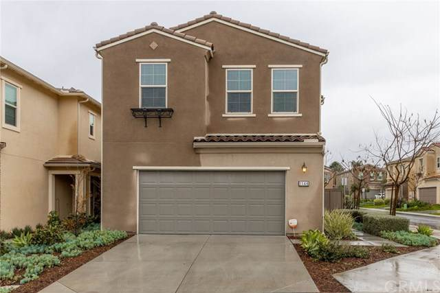 1146 Savanna Lane, Vista, CA 92084 (#IG20052612) :: Compass