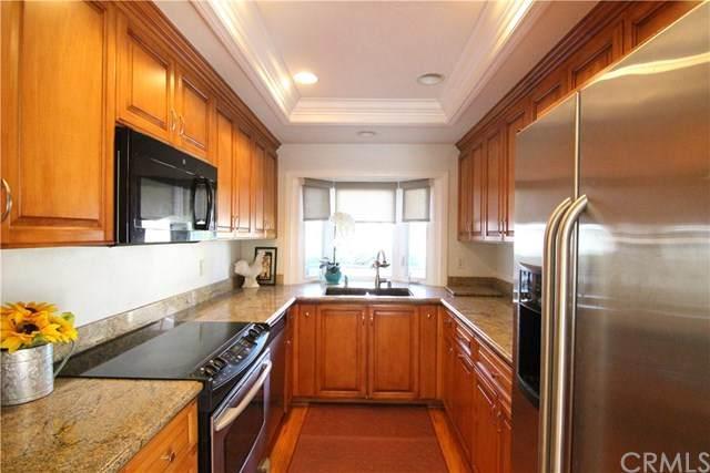 37 Mirror #45, Irvine, CA 92604 (#OC20057019) :: Doherty Real Estate Group