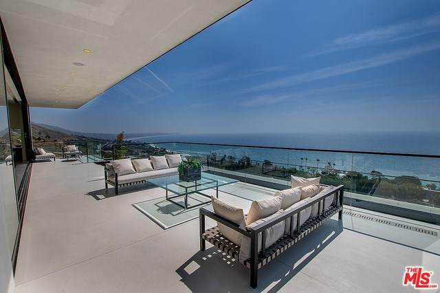 32357 Pacific Coast Highway, Malibu, CA 90265 (#20564148) :: The Costantino Group | Cal American Homes and Realty