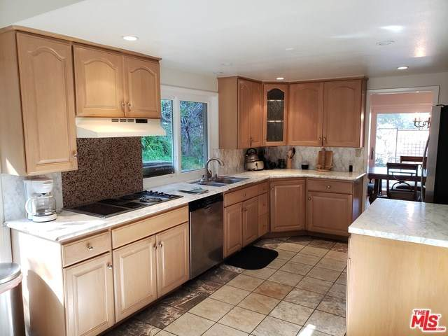 2108 El Arbolita Drive, Glendale, CA 91208 (#20564318) :: The Brad Korb Real Estate Group