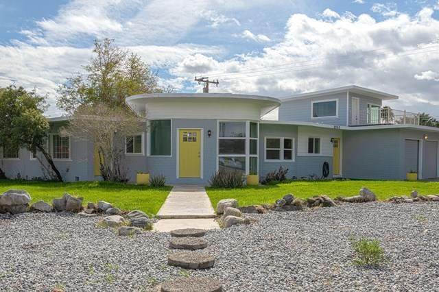 2860 De Anza Road, Palm Springs, CA 92262 (#219040785PS) :: Cal American Realty