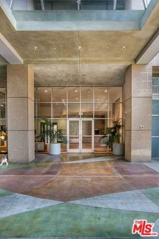 801 S Grand Avenue #1910, Los Angeles (City), CA 90017 (#20557904) :: The Miller Group